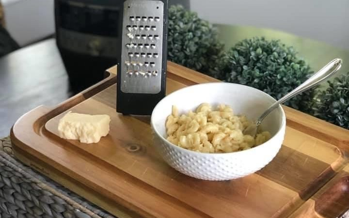 Quick Cooker Mac 'n Cheese for the summertime win!